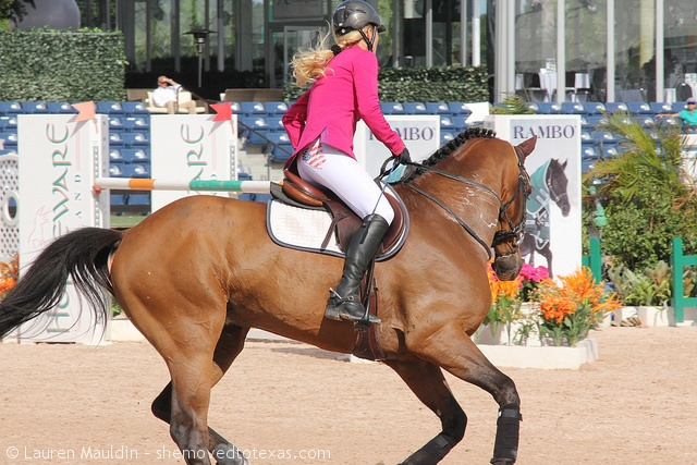 Pink with US flag breeches?  Interesting combo.